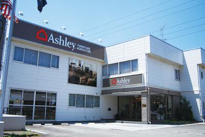 ashley04