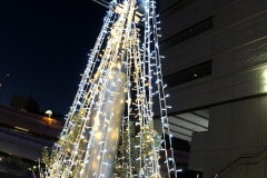 横浜駅東口「はまテラス」
