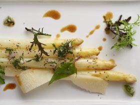 レストラン_レネ、旬のホワイトアスパラガス