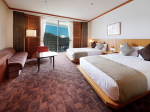 今年開業40周年を迎える「ザ・プリンス 箱根芦ノ湖」の室内