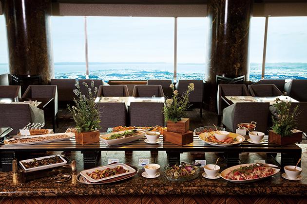横浜ロイヤルパークホテル スカイラウンジ「シリウス」のランチビュッフェ