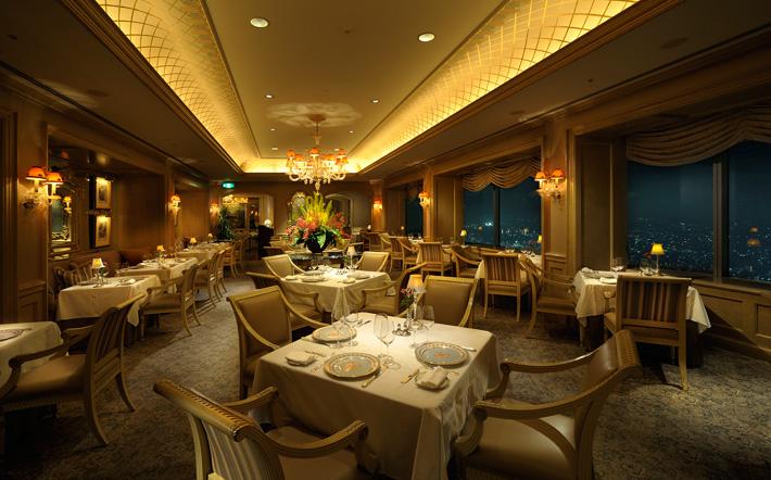横浜ロイヤルパークホテル、68F フレンチレストラン「ル シエール」