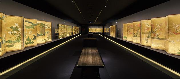 岡田美術館 金屏風にうめつくされた3階展示室