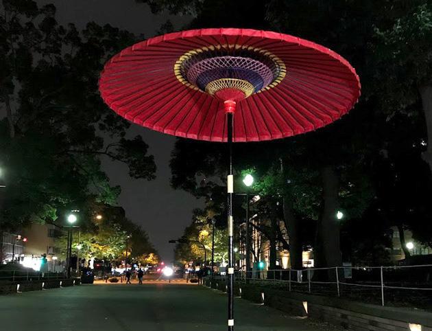 横浜公園 彼我庭園の紅葉ライトアップ