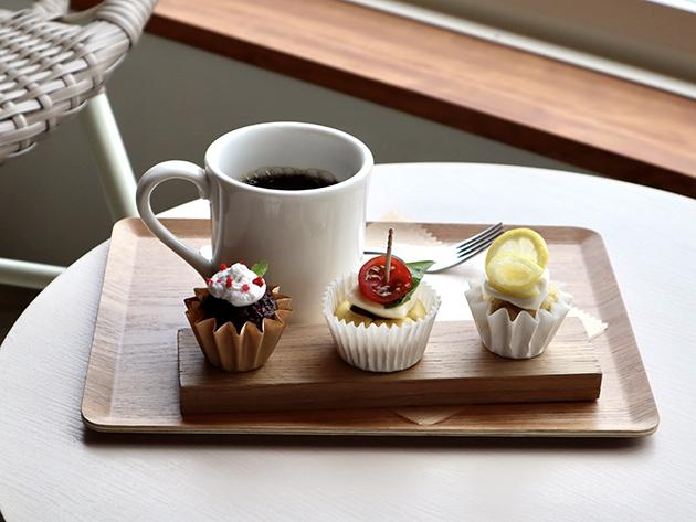 CUPSのカップケーキとコーヒー