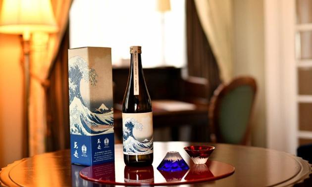 マッカーサー生誕140周年を記念した純米酒「東長(あずまちょう)」